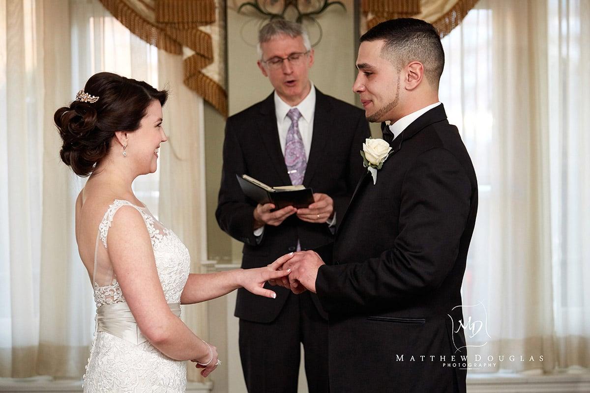winter-wedding-at-the-bernards-inn-10