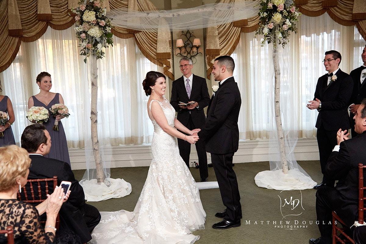 winter-wedding-at-the-bernards-inn-12