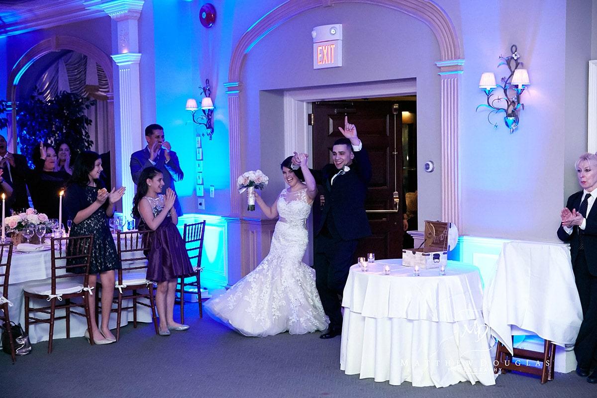 winter-wedding-at-the-bernards-inn-15