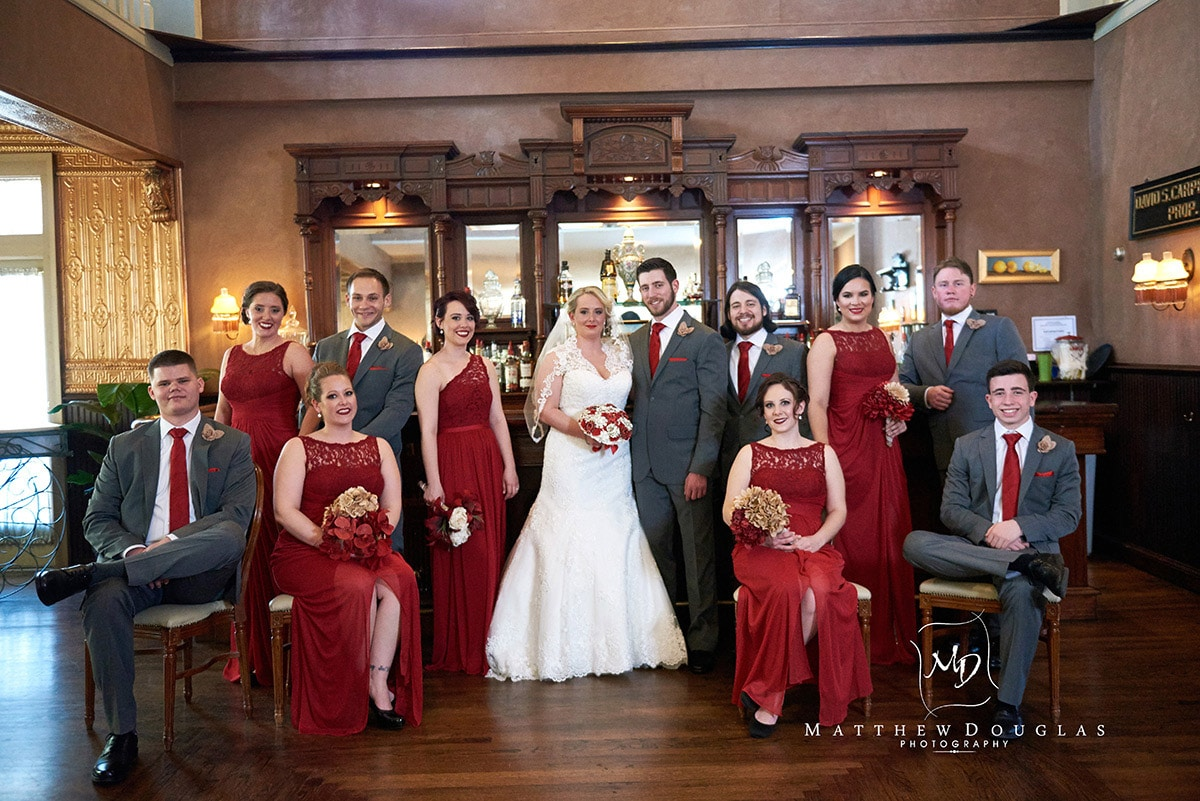 Bridal party wedding photo at Davids Country Inn