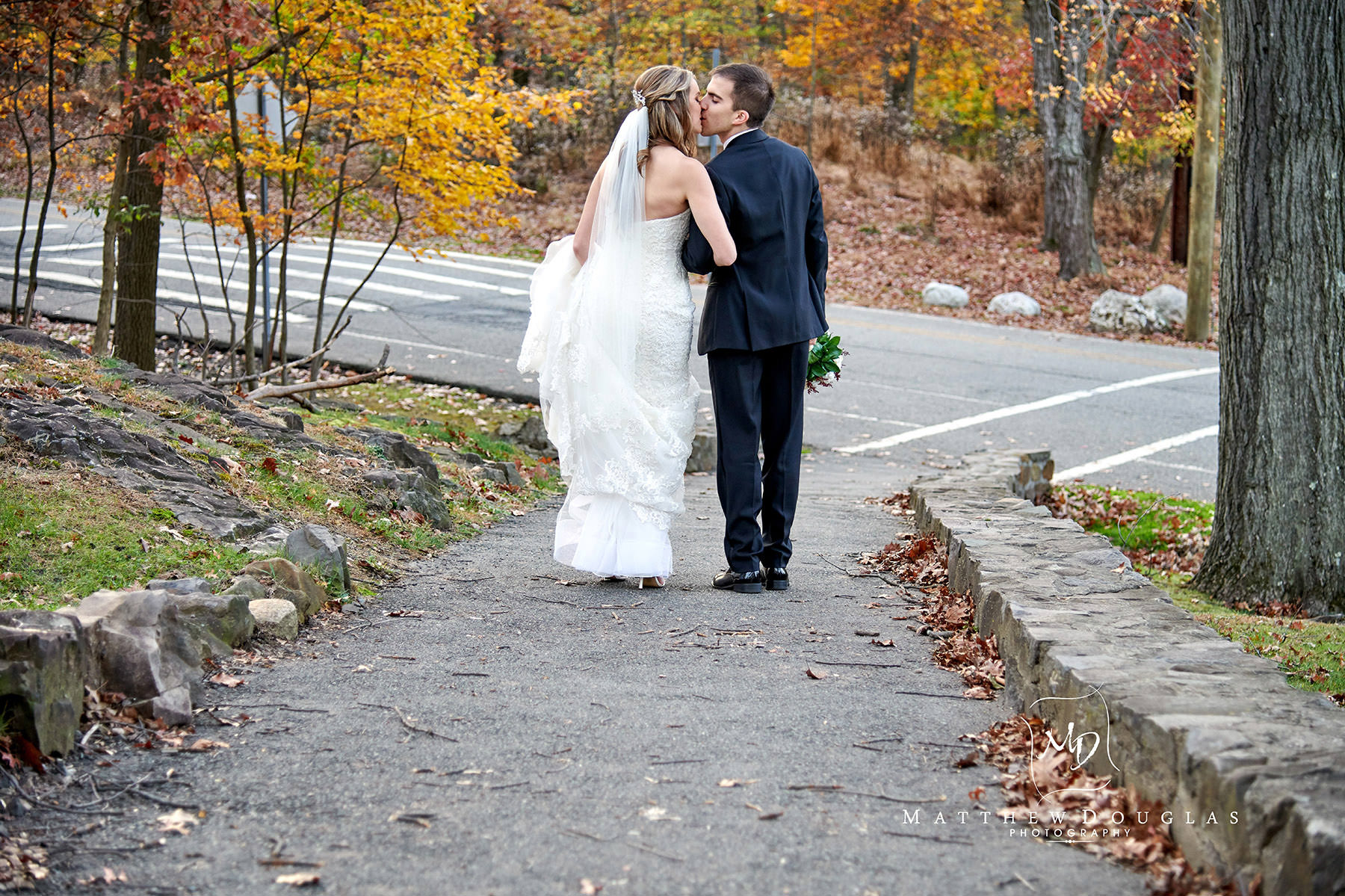 fall path wedding photo garret mountain nj