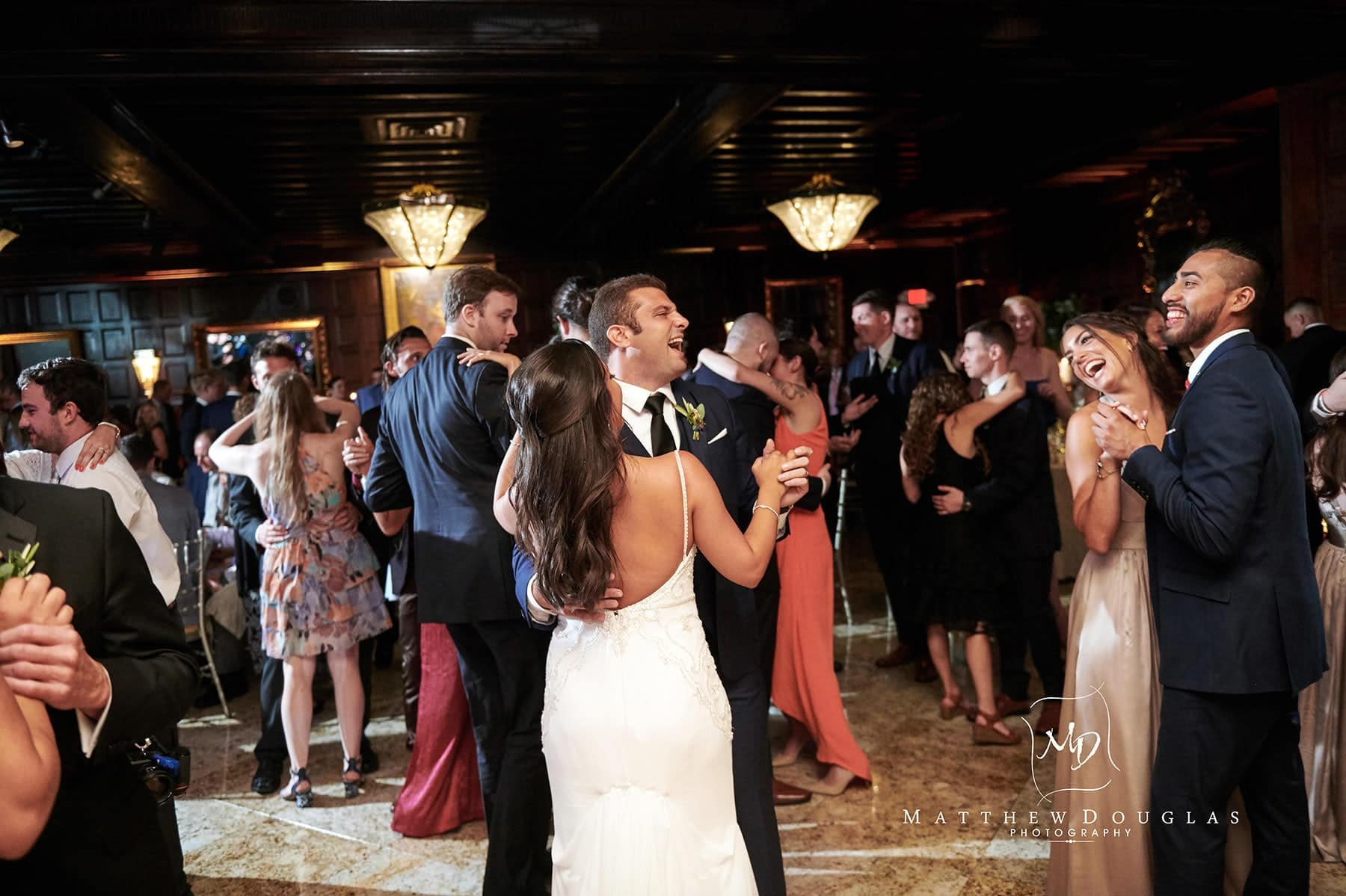 jess and pete dancing at their shadowbrook nj wedding