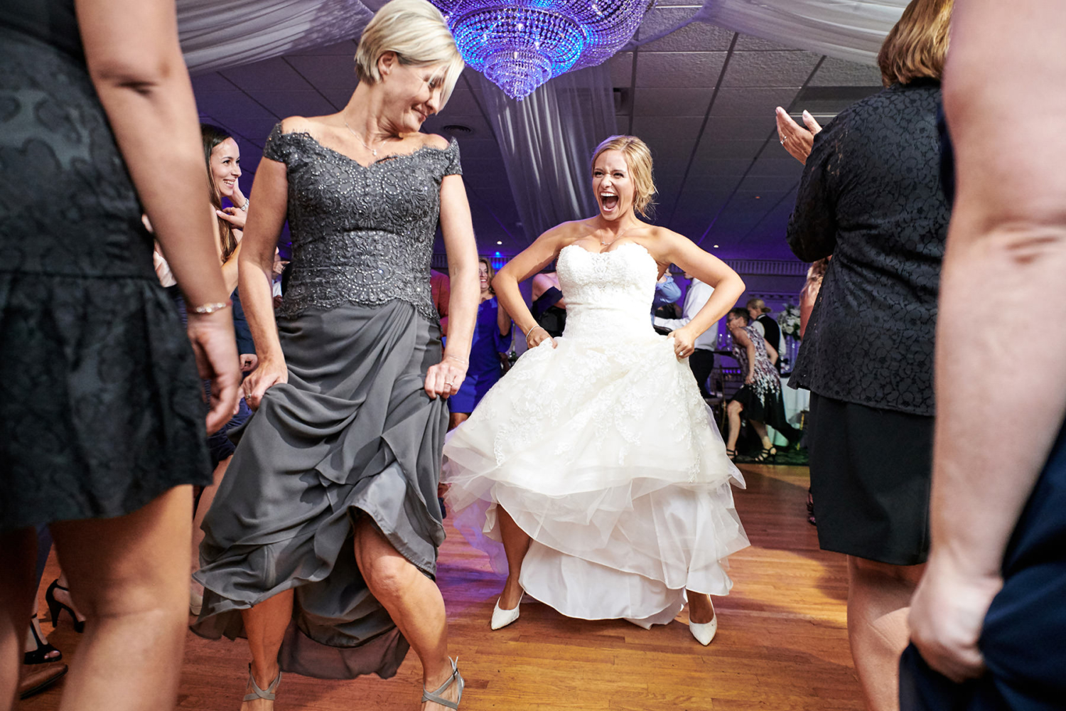 bride and mom dancing photo