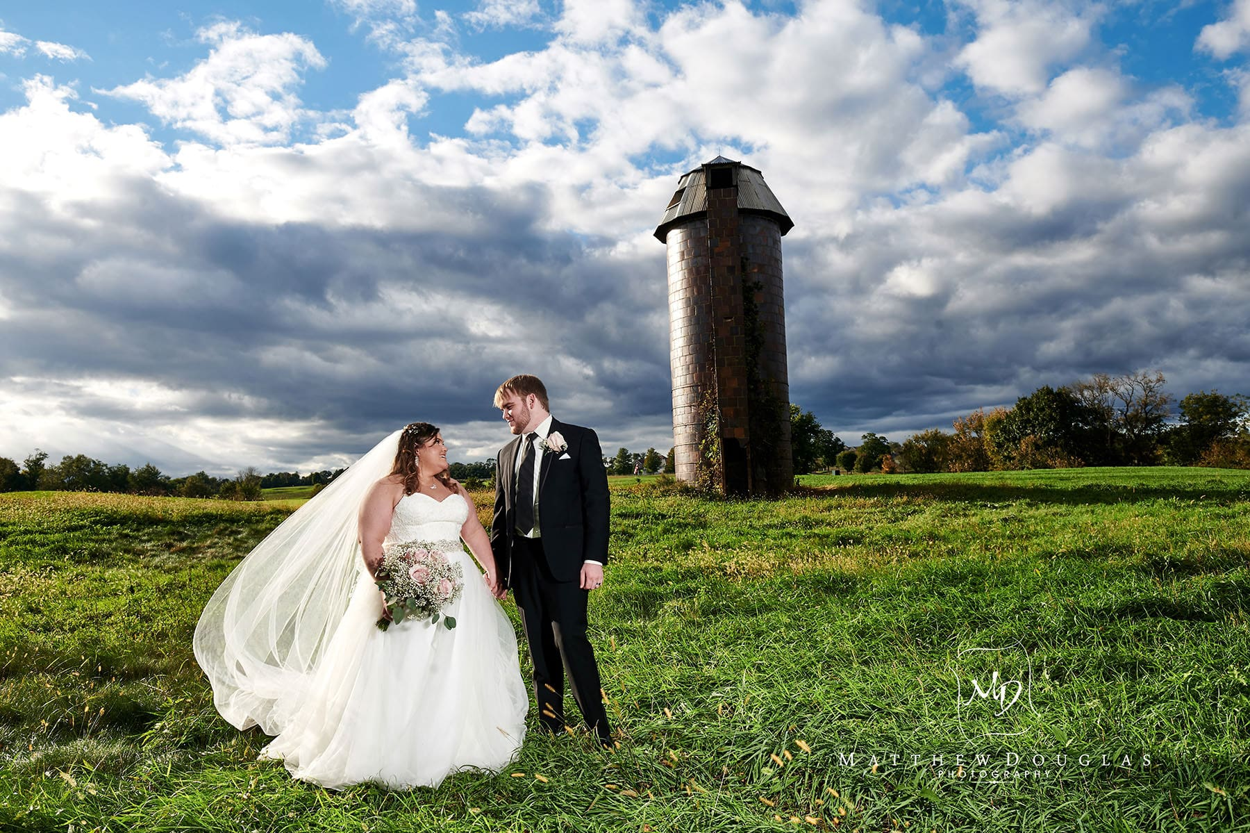 neshanic valley golf course wedding silo
