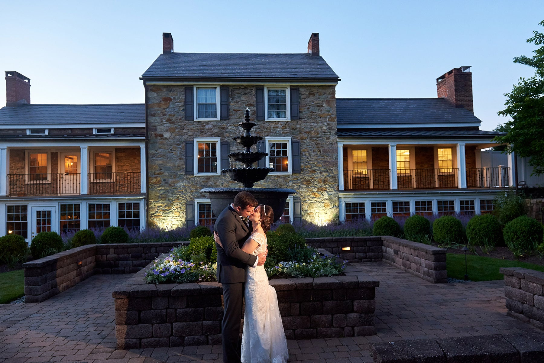 NJ wedding venue farmhouse at the grand colonial