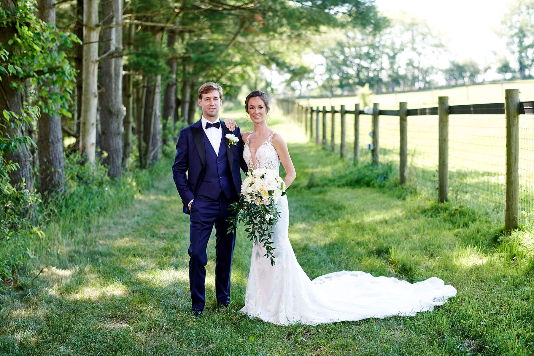 farmhouse at the grand colonial wedding photographer