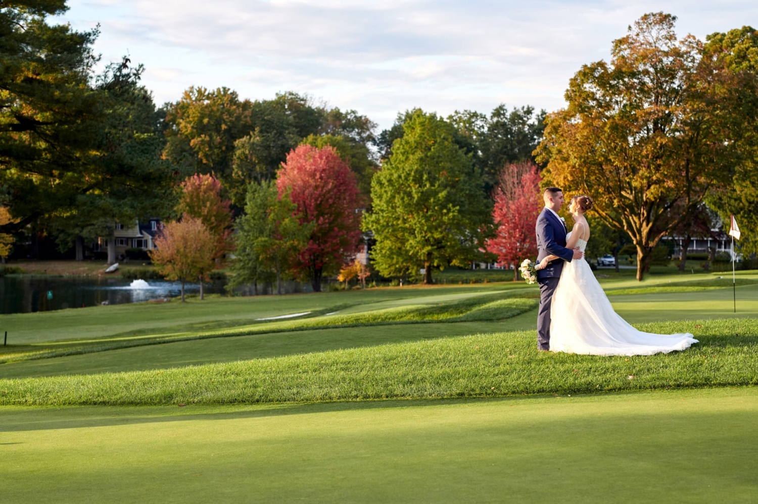fall wedding pictures ramsey country club