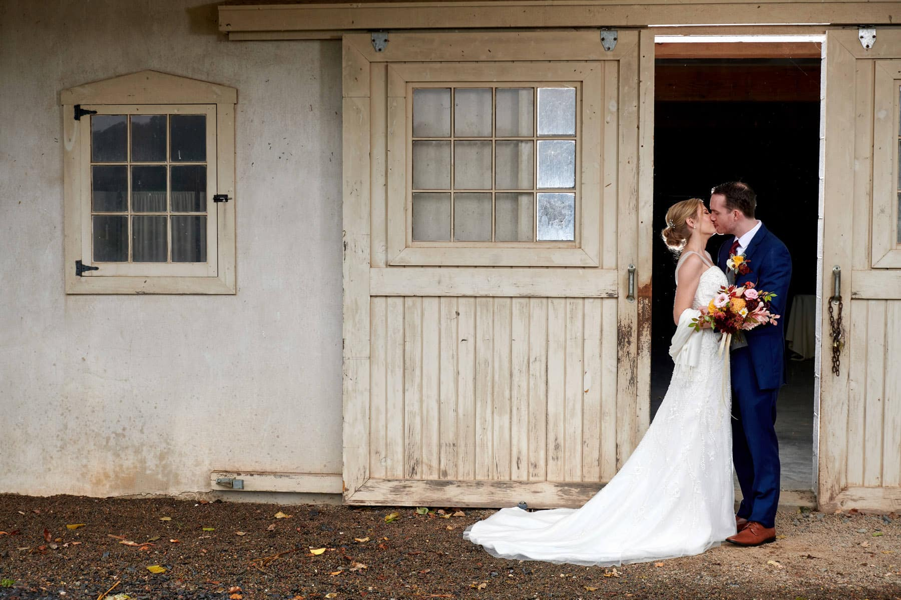 French Creek Golf Club wedding photo barn