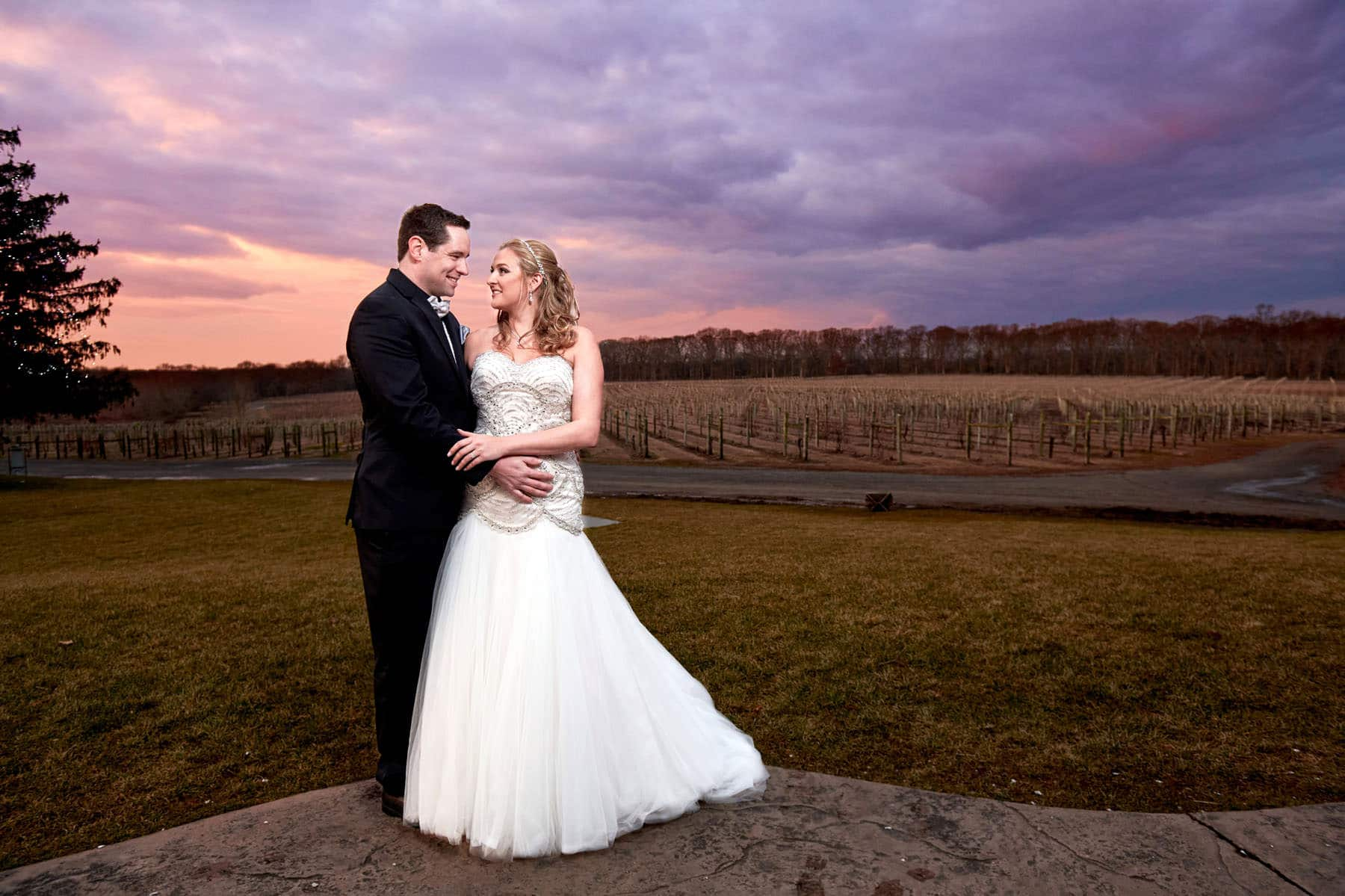 sunset wedding photo at laurita winery