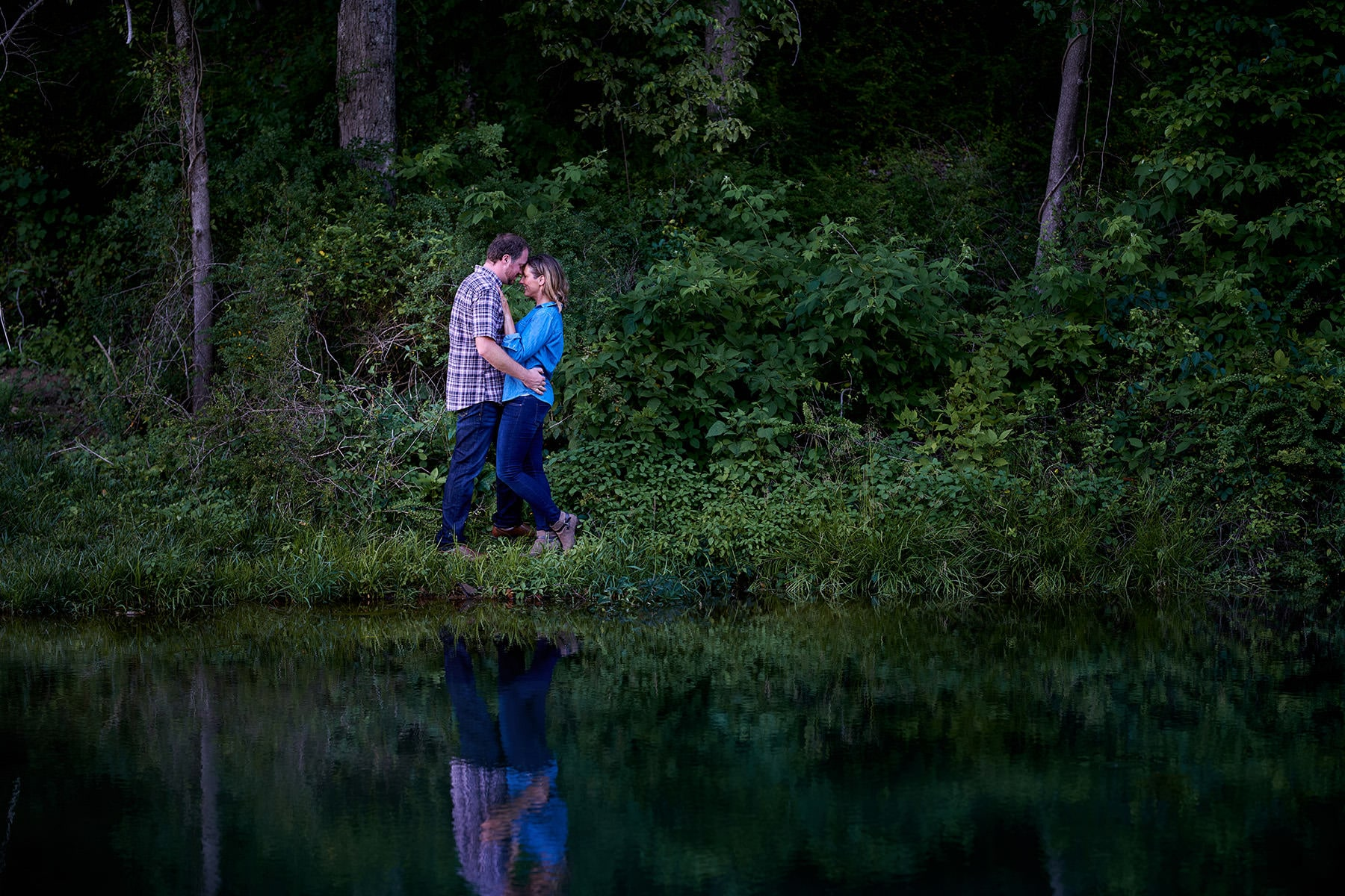 romantic engagement photo at Natirar